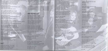 Lyrics in the booklet (picture courtesy of Snoqueen)