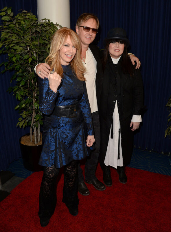 Ann, Nancy and Jerry Cantrell